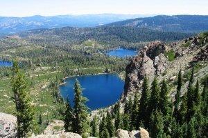 pines_rock_boulder_283403_l.jpg