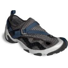 tevaarenalwatershoes.jpg