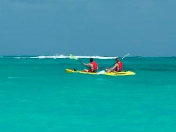 sea-kayaking-belize.jpg