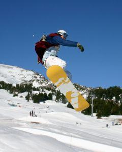 638377_snowboarder_2.jpg