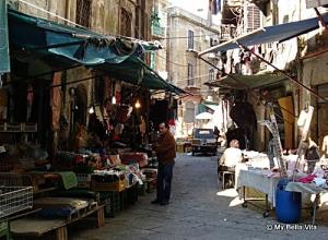 07viccuria-market