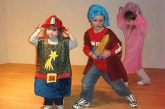 Dress-up play, Phelps Youth Pavilion, Waterloo, Iowa (courtesy Jessica O'Riley)