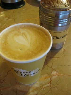 Le Panier latte near Pike Place Market, Seattle (photo by Sheila Scarborough)