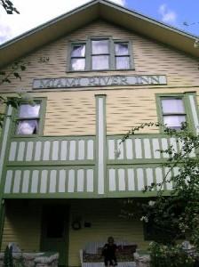 front-of-inn