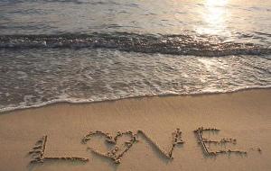 beach-love