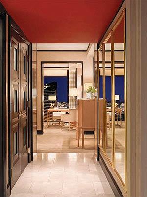 Encore Las Vegas suite hallway