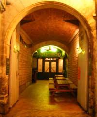 Kennedy's Irish pub in Angouleme