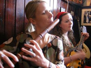 Amber Moon playing traditional irish music in sean's bar, Athlone
