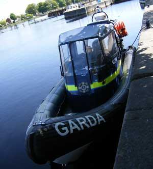 garda siochana boat on the Shannon