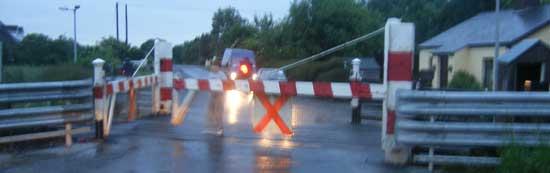 manual railroad crossing in Ireland