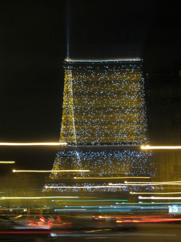 eiffeltowerlights