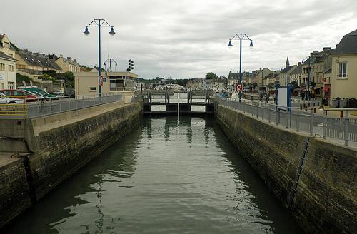 port-en-bessin france travel guide