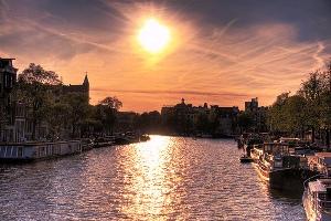 amsterdam-sun