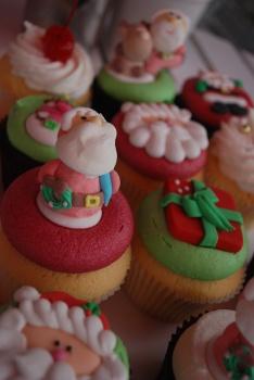 Cuupcake Parlour Christmas Cakes
