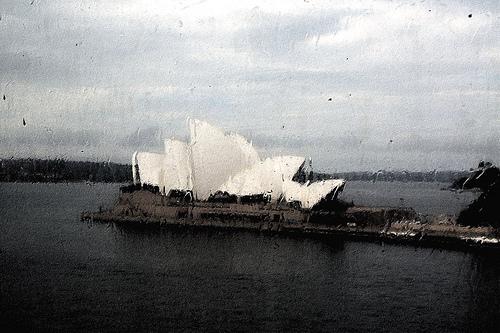 rain sydney opera house